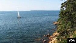 Negara bagian Maine di ujung Timur Laut AS terkenal dengan industri perikanan. Cod Academy di Maine menawarkan program studi satu tahun untuk mencetak nelayan profesional.