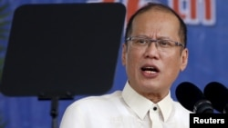 Tổng Thống Philippines nói Trung Quốc đã thành công trong việc kiểm soát tất cả các vùng biển mà họ tuyên bố chủ quyền, và không có bảo đảm là các tuyến hàng hải cho thương mại quốc tế sẽ tiếp tục rộng mở