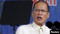 Tổng thống Benigno Aquino nói công trình của Trung Quốc nhằm mở rộng 7 bãi đá trong quần đảo Trường Sa thành đảo nhân tạo không phải là vấn đề khu vực mà là của cả thế giới