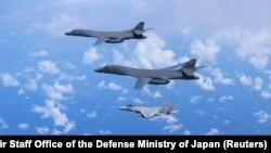 نمونه هایی از جنگنده های جت اف ۱۵ ژاپن
