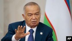 乌兹别克斯坦总统卡里莫夫在俄罗斯召开的上海合作组织会议上发表讲话。(2015年7月10日)