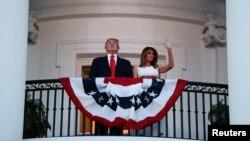 Presidente americano, Donald Trump, e primeira-dama, Melania Trump, na Casa Branca
