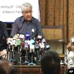 عالمی تنظیم ٹرانسپرنسی انٹرنیشنل کے پاکستان میں سربراہ عادل گیلانی
