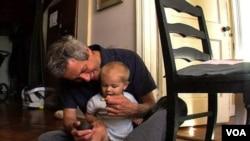 現代父親身兼育嬰職責