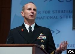 美国海军作战部长乔纳森 •格林纳特(美国之音 赵江拍摄)
