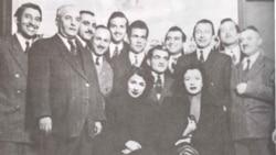 گروه سازندگان فیلم شرمسار: از راست گرگین کیایی، برادران یاسمی، حسین دانشور، بانو دلکش، حجت زاده، علی کسمایی و عنادیان. شرمساز، نخستین فیلم ایرانی راه یافته به یک جشنواره فیلم