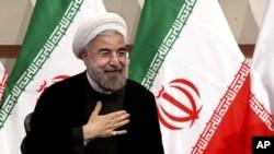 Tân Tổng thống Iran Hassan Rowhani đưa ra cam kết giải quyết vụ đối đầu về chương trình hạt nhân của Tehran.