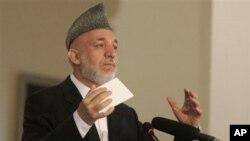 阿富汗总统卡尔扎伊周三在喀布尔