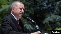 15 Temmuz 2021 - Cumhurbaşkanı Recep Tayyip Erdoğan Ankara'da 15 Temmuz darbe girişimiyle ilgili konuşurken