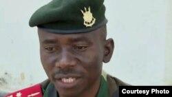 Kepala staf angkatan darat Burundi, Jenderal Prime Niyongabo, lolos dari serangan (foto: dok).