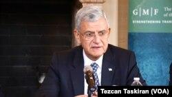 د ملګرو ملتونو د عمومي اسامبلې نوی ټاکل شوی مشر، ترکی دیپلومات ولکان بوزکیر