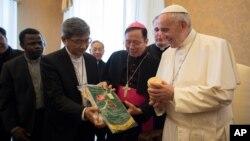 지난 2017년 12월 프란치스코 교황이 바티칸을 방문한 타이완기독교교회협의회 대표단을 만났다. (자료사진)