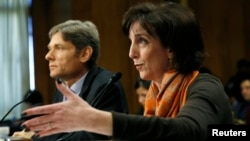Roberta Jacobson habla ante una subcomisión de Relaciones Exteriores del Senado.