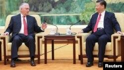 Ngoại trưởng Mỹ Rex Tillerson trong cuộc gặp với Chủ tịch Trung Quốc Tập Cận Bình ngày 19/3.