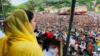 مریم نواز کی کشمیر میں انتخابی مہم، 'اسٹیبلشمنٹ پر تنقید حکمتِ عملی کے تحت کی جا رہی ہے'