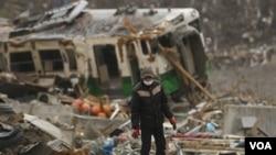Rusaknya infrastruktur di Jepang akibat gempa akan memperlamban pabrik-pabrik memperoleh suku-cadang.