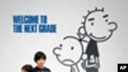 """หนังวัยรุ่น """"Diary of a Wimpy Kid 2"""" ติดอันดันที่หนึ่งในช่วงสุดสัปดาห์ เฉือน """"Sucker Punch"""" หนัง Sy-Fy ฟอร์มใหญ่สามมิติที่ตามมาเป็นที่สอง"""