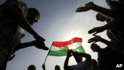 Kurdên li Sûrîyê dijî Esed di xwepêşandanê de ne