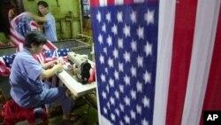 Швейная фабрика в Шанхае, КНР (архивное фото)