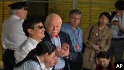 陳光誠5月19日抵達紐約住所時對媒體發表感言