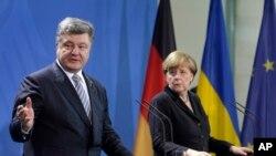 Спільна прес-конференція Петра Порошенка і Анґели Меркель у Берліні
