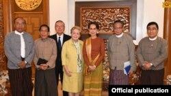 ရခိုင္စံုစစ္စစ္ေဆးေရးေကာ္မရွင္ ႏိုင္ငံေတာ္အတိုင္ပင္ခံႏွင့္ေတြ႔ဆံု (Myanmar State counsellor office)