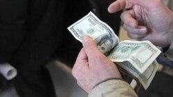 گرانی دلار با افزایش تورم در ایران همراه شد