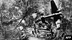 Леонид Розенберг: «Немецкие самолеты волнами перелетали через нашу границу…»