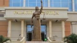 Activista fala de subornos aos tribunais angolanos - 1:29