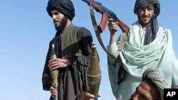 Chiến binh Taliban ở Pakistan