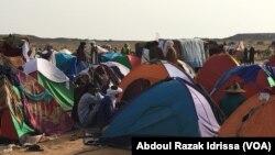 Un camp des éleveurs venus pour la cure salée, à Ingall, Niger, le 16 septembre 2017. (VOA/Abdoul Razak Idrissa)