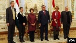 Ketrin Ashton va delegatsiya a'zolari Imomali Rahmon bilan, Dushanbe, 29-noyabr, 2012