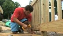 Пандуси для інвалідів будують волонтери