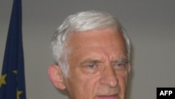 Buzek: Napadi promenili svetski poredak