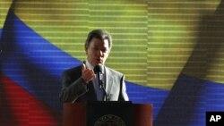 El presidente de Colombia, Juan Manuel Santos, inició diálogos de paz con la guerrilla de las FARC hace algunos meses.