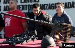 """Terduga anggota kartel narkoba Meksiko """"Arellano Felix"""" di Tijuana 10 Februari 2010. (Foto: Reuters)"""