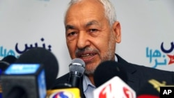 Islamist Ennahda Party leader Rached Ghannouchi addressing media, Tunis, March 26, 2012, file photo.