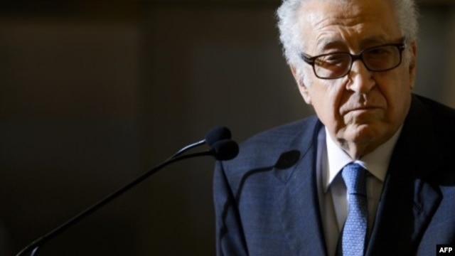 UN peace envoy to Syria Lakhdar Brahimi attends a press conference June 25, 2013 in Geneva