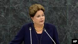 La presidenta brasileña Dilma Rousseff también se refirió al conflicto en Siria y a la lucha de su país contra la pobreza durante su discurso.