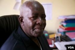 Pierre-Claver Mbonimpa in Burundi, Dec. 11, 2014. (VOA / H. McNeish)