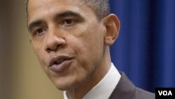 Presiden AS Barack Obama memberikan tanggapannya kepada wartawan terhadap kesepakatan perjanjian perdagangan baru dengan Korea Selatan.