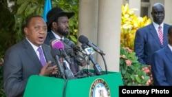 Uhuru Kenyatta ari kumwe na Perezida Salva Kiir
