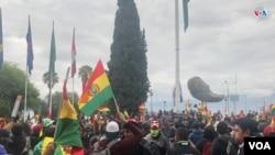 El pueblo boliviano se volcó este domingo 10 de noviembre de 2019 a las calles de Bolivia tras la noticia de la renuncia del presidente Evo Morales.