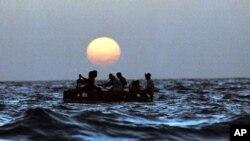 Se normalizará la entrada temporal al país de quienes emigraron ilegalmente después de los acuerdos migratorios de 1994.