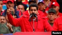 El presidente Nicolás Maduro habló en cadena nacional de radio y televisión desde el Palacio de Miraflores.