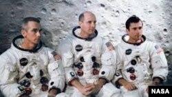 Apollo 10'un ekibi
