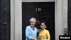 ေဒၚစုနဲ႔ ၿဗိတိန္ဝန္ႀကီးခ်ဳပ္ Theresa May ေတြ႕ဆံု