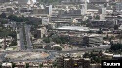 شام کے دارالحکومت دمشق کا 'امیہ اسکوائر' جو پیر کو باغیوں کے مارٹر حملوں کا نشانہ بنا