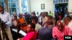 FILE: Imihlangano ehlolosisa umbhuqazwe weGukurahundi yaphazanyiswa ngabantu abazonde okumangalisayo.