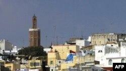 Le quartier du port de Tanger au Maroc, le 26 août 2001. (AFP PHOTO / ABDELHAK SENNA)